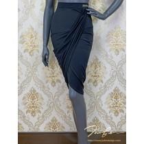 《BY TERRY佳衯自創》前斜褶包臀半身裙